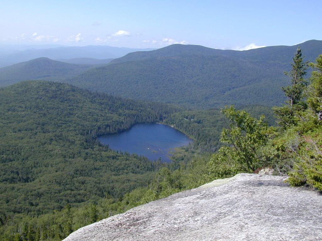 Lonesome Lake, viewed from Cannon Mountain
