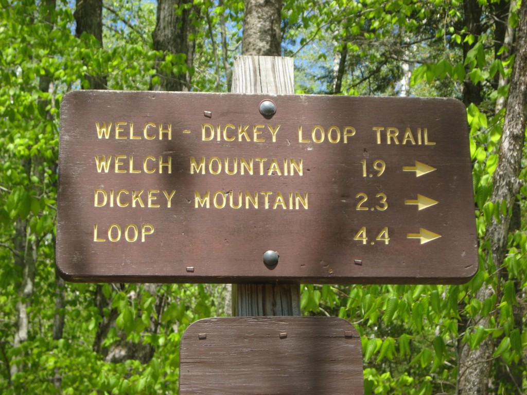 Welch-Dickey Loop Trail sign