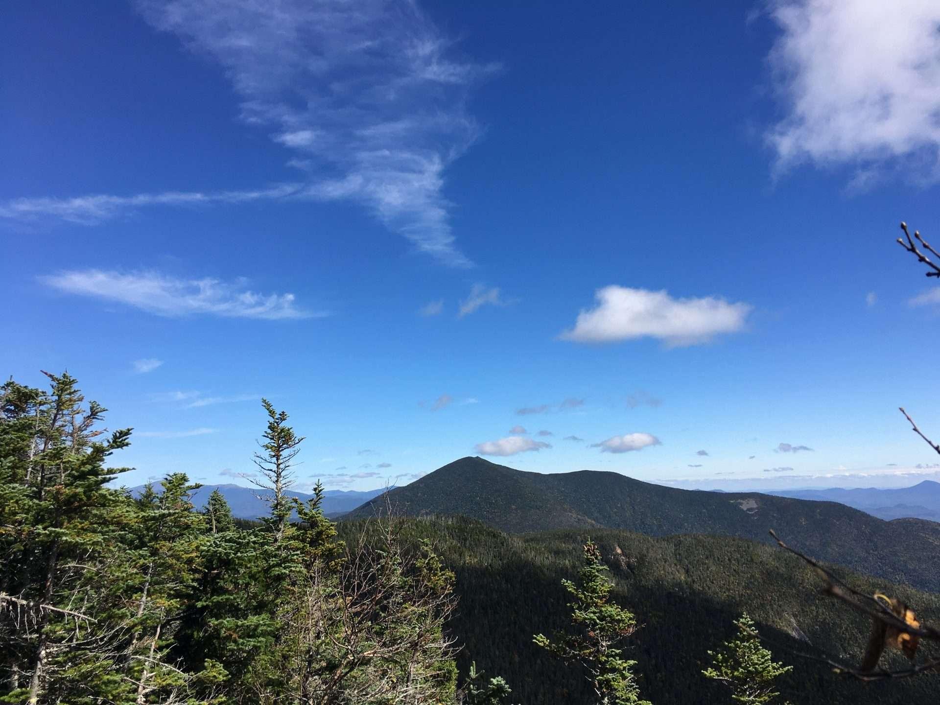 Mt.-Carrigain-from-S.-Hancock-overlook-0.jpg